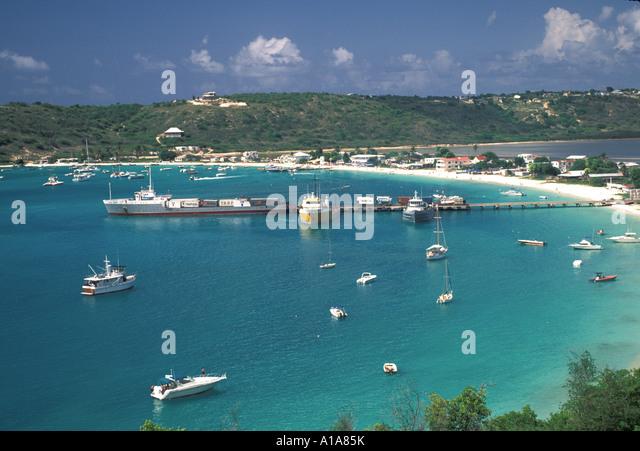 Anguilla Sandy Ground boats water shoreline hills - Stock Image