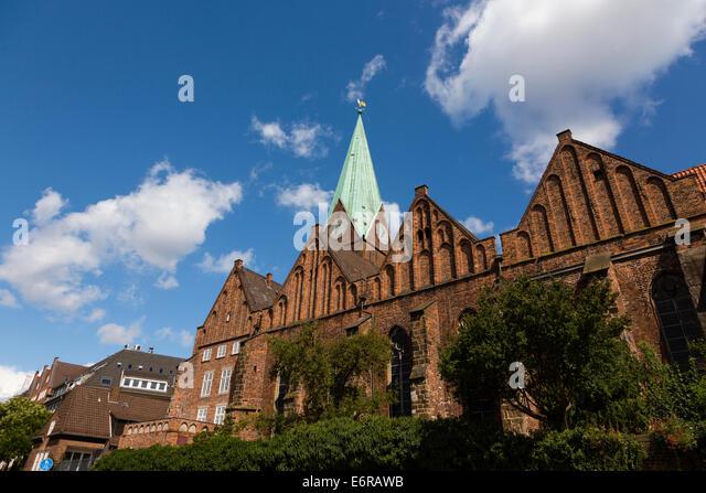 St Martin church, Schlachte embankment, Bremen, Germany - Stock Image
