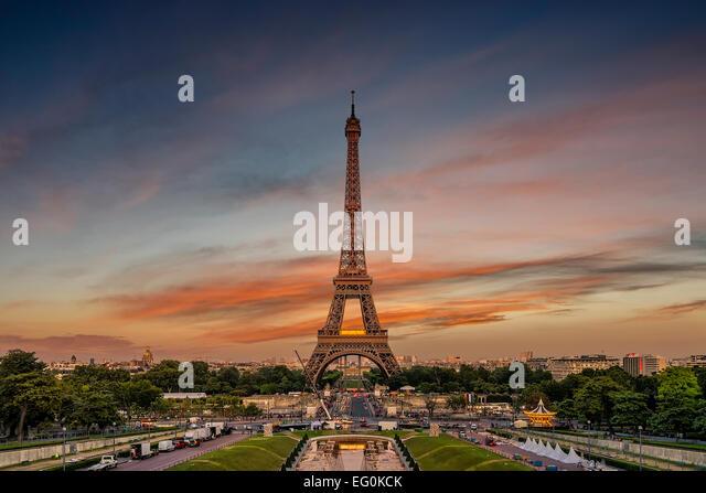 France, Paris, Eiffel Tower against moody sky - Stock Image