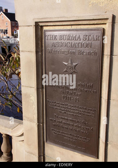Burma Star Association Warrington Branch bronze plate at Bridgefoot Cenotaph, Cheshire, England, UK - Stock Image