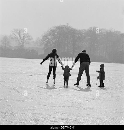 Skating in Richmond Park, London, 1962-1964. Artist: John Gay - Stock-Bilder