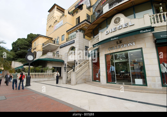 Clothes shops in the Zona Rosa, Bogota - Stock Image