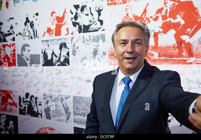 Berlin, Germany. 06th August, 2013.Klaus Wowereit - Mayor of Berlin -  on the Red Carpet at the Celebration of the - Stock Image