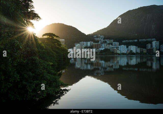 Early morning light on the Lagoa Rodrigo de Freitas, Rio de Janeiro, Brazil, South America - Stock Image