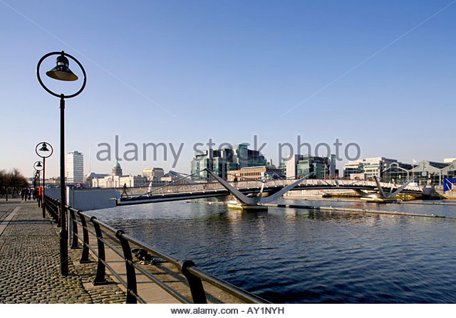 The river liffey Dublin Looking towards the IFSC - Stock Image