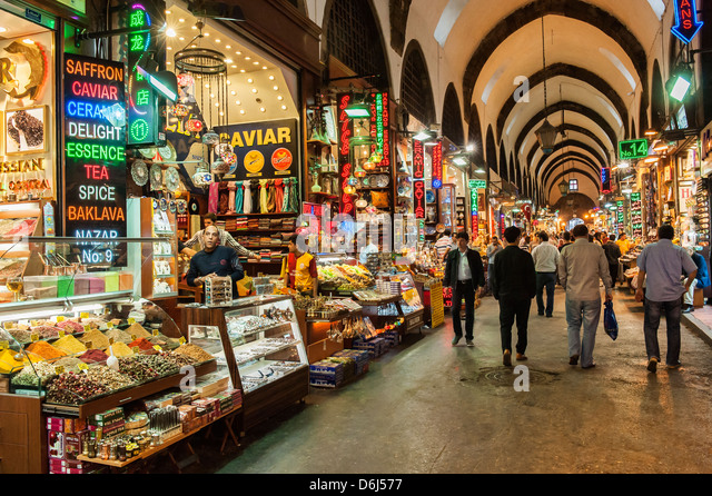Egyptian bazaar, covered alley, Istanbul, Turkey, Europe - Stock Image