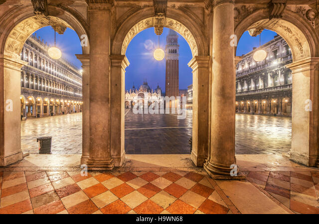 Piazza San Marco, Arches, St Marks Campanile, Venedig, Venezia, Venice, Italia, Europe, - Stock Image
