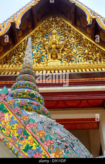 Thailand Bangkok Pom Prap Sattru Phai Wat Saket Ratcha Wora Maha Wihan Buddhist temple detail close up - Stock Image