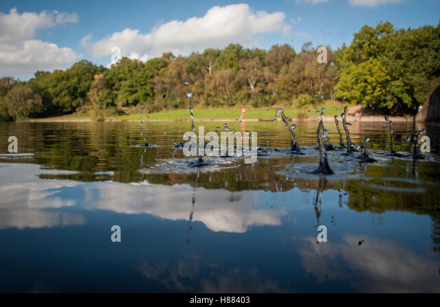 Keepers pool stock photos keepers pool stock images alamy Swimming pool sutton coldfield