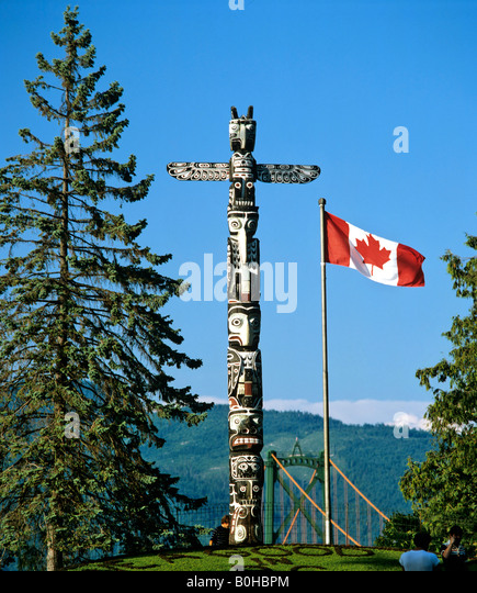 Totem pole in Stanley Park, Vancouver, British Columbia, Canada - Stock Image