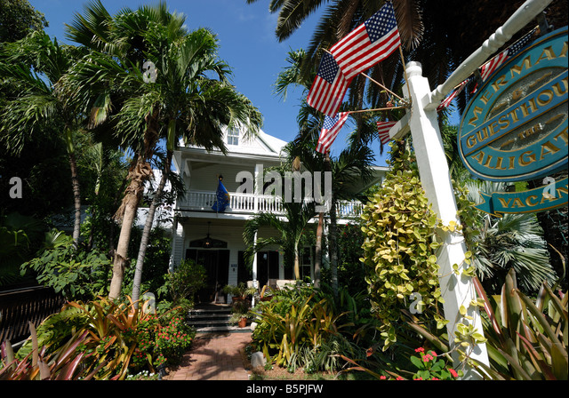 The Mermaid and the Alligator Bed Breakfast is a quaint elegant inn in the historic Old Town are of Key West, Florida - Stock Image