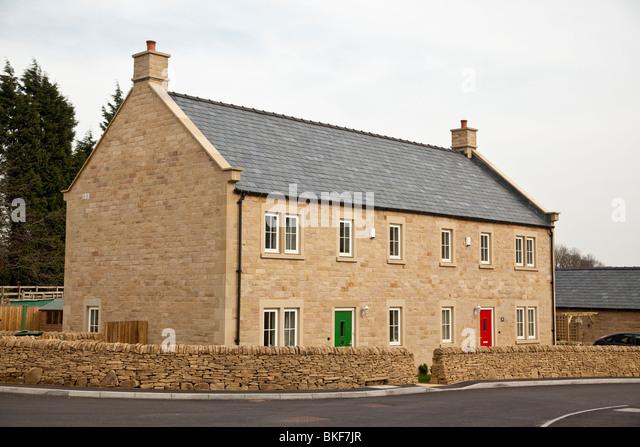New housing, Eyam, Derbyshire - Stock Image