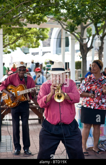 Jazz band playing at the V&A waterfront in Cape Town, South Africa - Stock Image