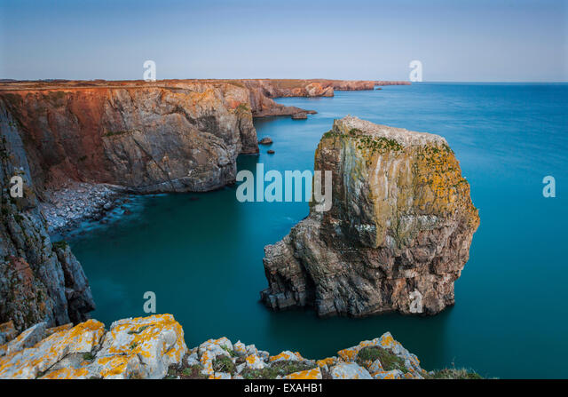 Stack Rocks, Castlemartin, Pembrokeshire, Wales, United Kingdom, Europe - Stock Image
