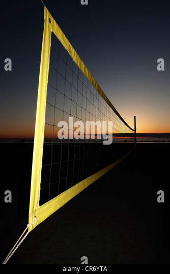 Volleyball net on the beach, Ahrenshoop, Baltic Sea, Mecklenburg-Western Pomerania, Germany, Europe - Stock Image