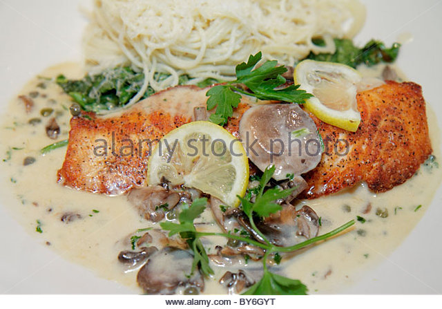Miami Florida Aventura Aventura Mall Cheesecake Factory restaurant food plate fish - Stock Image