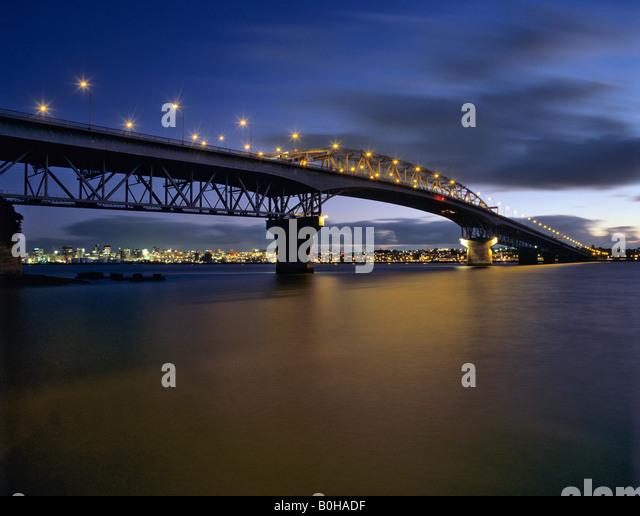 Auckland Harbour Bridge, Waitemata Harbour, Saint Mary's Bay, Auckland, New Zealand - Stock-Bilder