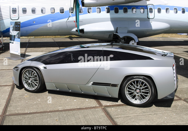Italdesign Qaranta hybrid-powered concept car, designed by Frabizio Giugiaro, on display at Farnborough Airshow - Stock Image