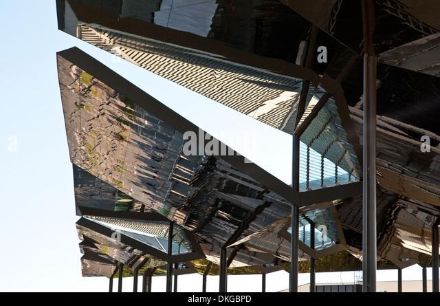 Mercat encants stock photos mercat encants stock images for El mercat de les glories