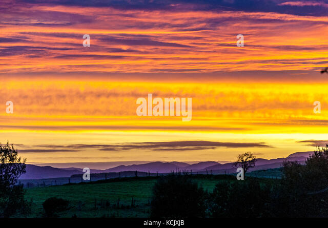 Ardara, County Donegal, Ireland weather. 6th October 2017. A dramatic sunrise over Loughros Point on Ireland's - Stock Image
