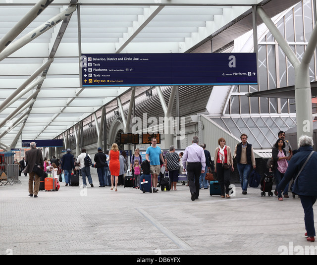busy railway station essay A scene at the railway station a railway station is usually busy throughout the day in baord exams this essay is not helpful.