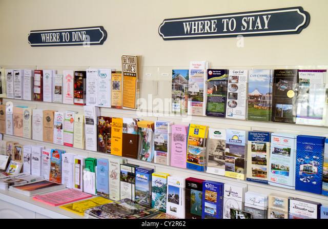 Massachusetts Cape Cod Hyannis Main Street John F. Kennedy Hyannis Museum JFK brochures information where to stay - Stock Image