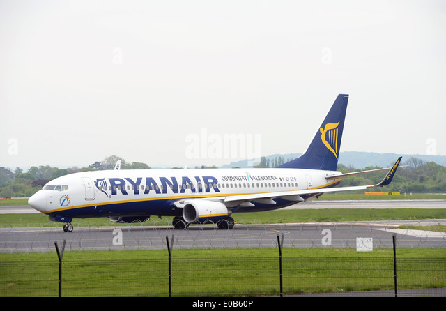 A Ryanair Boeing 737 taxiing at Manchester Airport. - Stock Image