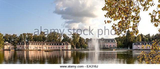 Panorama of Benrath Castle, Duesseldorf, Germany | Panorama von Schloss Benrath, Duesseldorf, Deutschland - Stock-Bilder