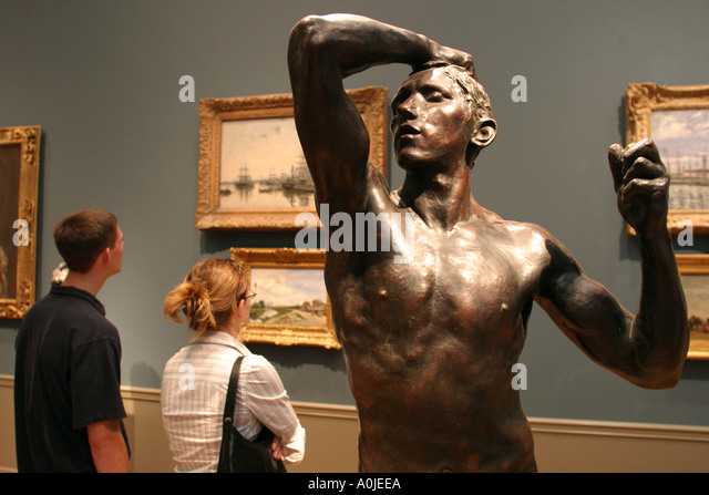 Cleveland Ohio University Circle Museum of Art statue sculpture visitors - Stock Image