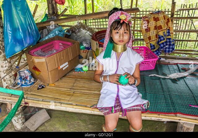 Long-necked child - Stock-Bilder