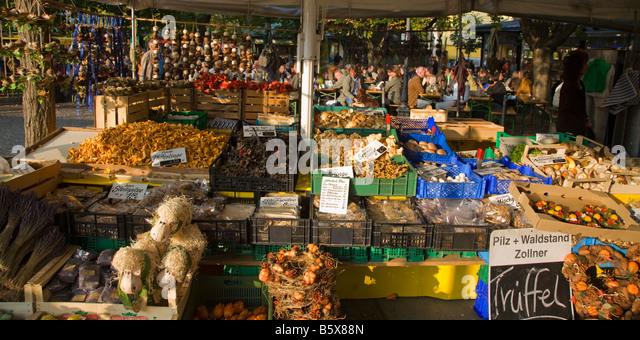 Viktualienmarkt in Munich truffle funghi background beer garden Germany - Stock Image