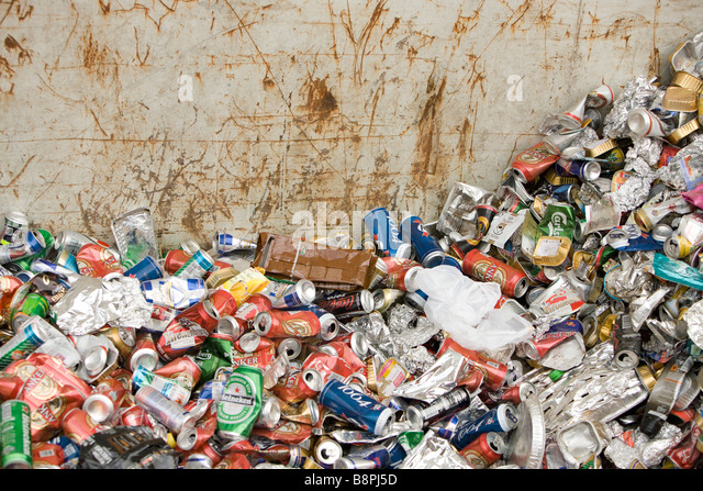 Pile of aluminum cans - Stock Image