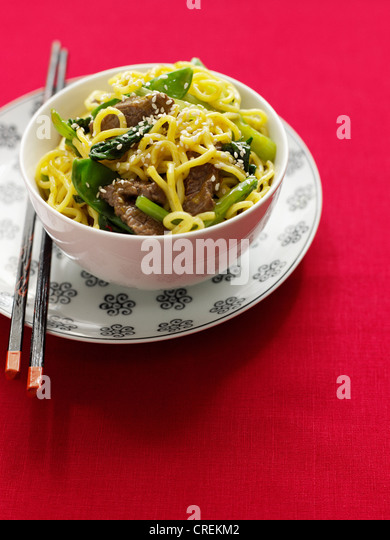 Bowl of beef and noodles - Stock Image