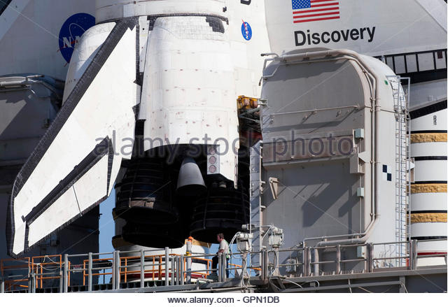 Space Shuttle Main Engine Stock Photos & Space Shuttle ...