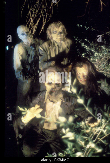 RETURN OF THE LIVING DEAD (1985) ZOMBIES RTLD 004 - Stock Image