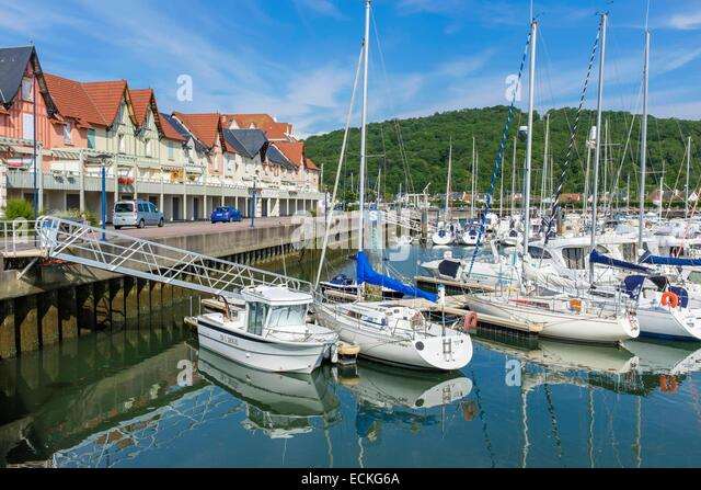 Dives sur mer stock photos dives sur mer stock images alamy - Location dives sur mer port guillaume ...
