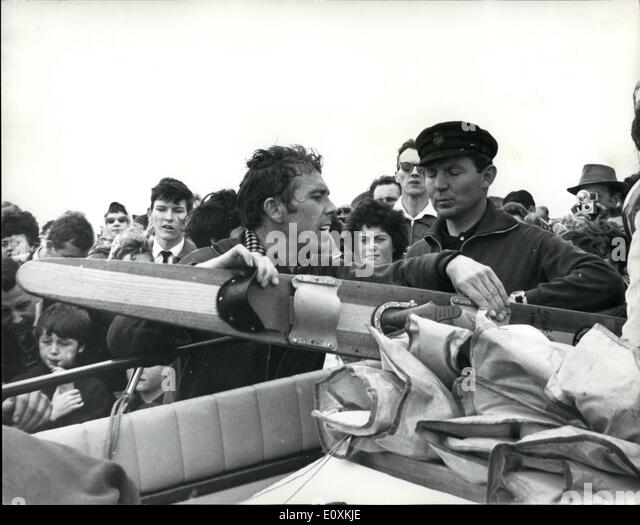 May 05, 1967 - Lord Snowdon Takes Part in Water Ski Race Across the Channel. The Earl of Snowdon took part in a - Stock Image