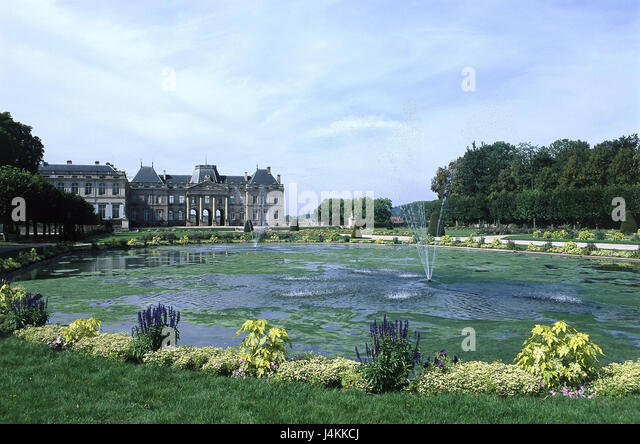 France, Lorraine, Luneville, lock, castle grounds, park, pond Europe, outside, summer, park, rococo style, architectural - Stock-Bilder