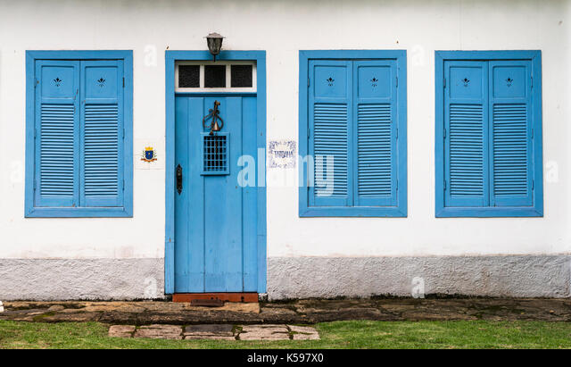 An old colonial house facade from Ilhabela, SP, Brazil - Stock Image