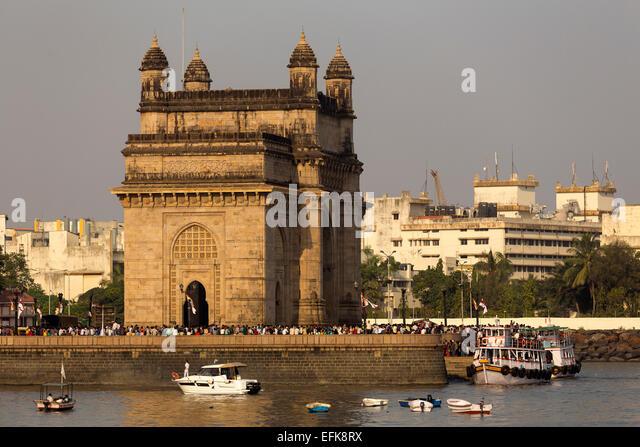India, Maharashtra, Mumbai, Gateway of India and harbour - Stock Image
