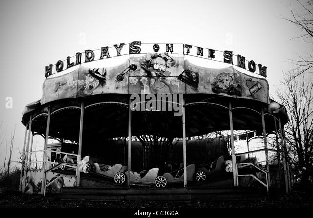 Abandoned carousel in abandoned amusement park - Stock-Bilder
