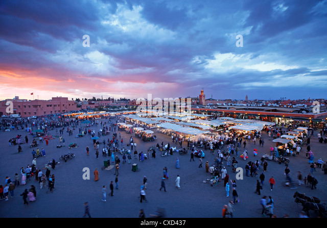 Elevated view over the Djemaa el-Fna, Marrakech (Marrakesh), Morocco, North Africa, Africa, Africa - Stock Image