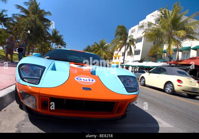 Sports Car On Ocean Drive on 321 Ocean Drive Miami Beach