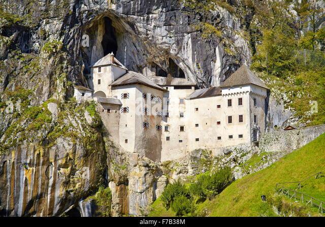 Predjamski grad, Slovenia - Stock-Bilder