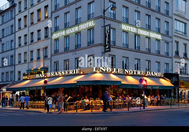 Paris french bar stock photos paris french bar stock for Hotel notre dame paris