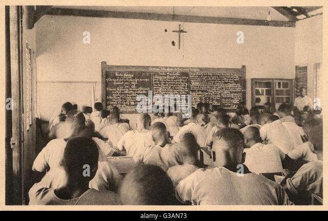 Examination day at an Huileries du Congo Belge (HCB) School at Alberta, Democratic Republic of Congo. HCB (now Feronia) - Stock-Bilder