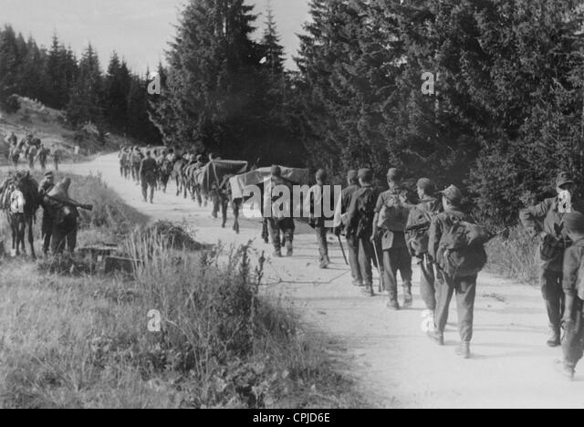 Soldiers of the Waffen-SS while combating the partisans, 1944 - Stock-Bilder