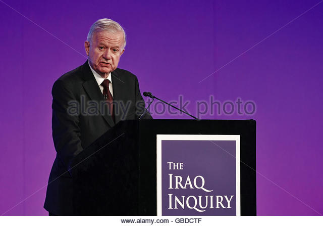 Sir John Chilcot presents The Iraq Inquiry Report at the Queen Elizabeth II Centre in Westminster, London, Britain - Stock-Bilder