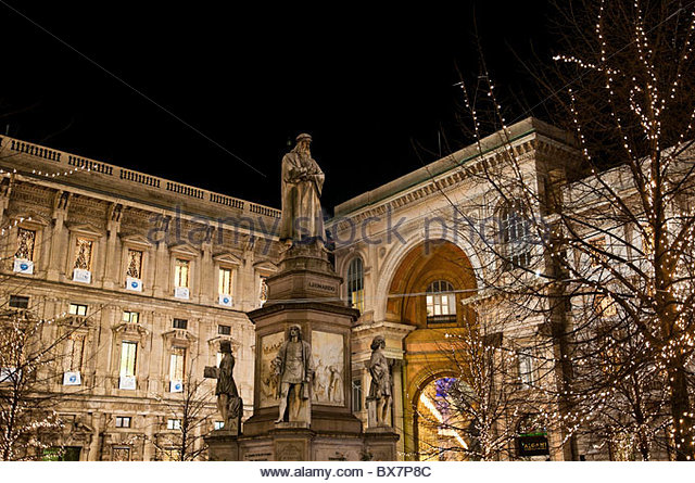 Night view of Piazza alla Scala decorated with Christmas lights, Milan, Italy - Stock Image