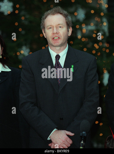 MARTIN MCGUINNESS SINN FEIN PARTY 17 December 1997 - Stock Image